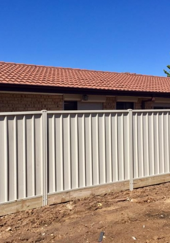 colorbond fence installation in Canberra
