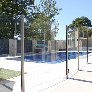 glass fencing photo canberra