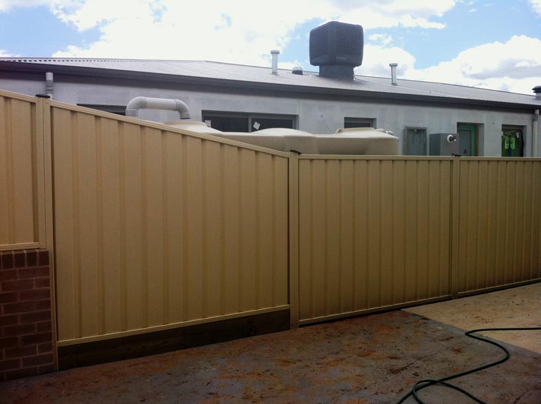Canberra Colorbond Fence photo