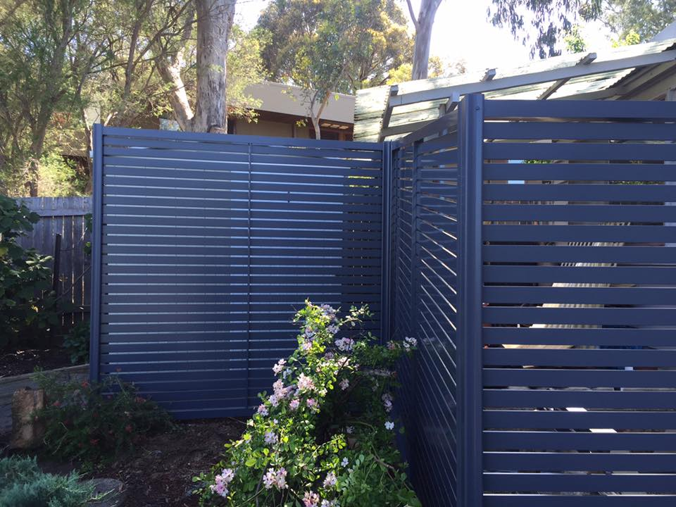 Photo of an Horizontal Aluminium Slat Fence in Farrer - Canberra - ACT