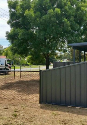 Photo of colorbond fence bungendore